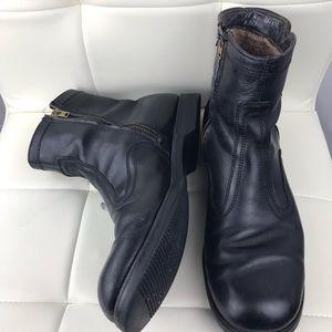 Men's Vintage Vibram Sole Black Leather Boots 11W